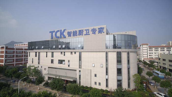TCK.jpg